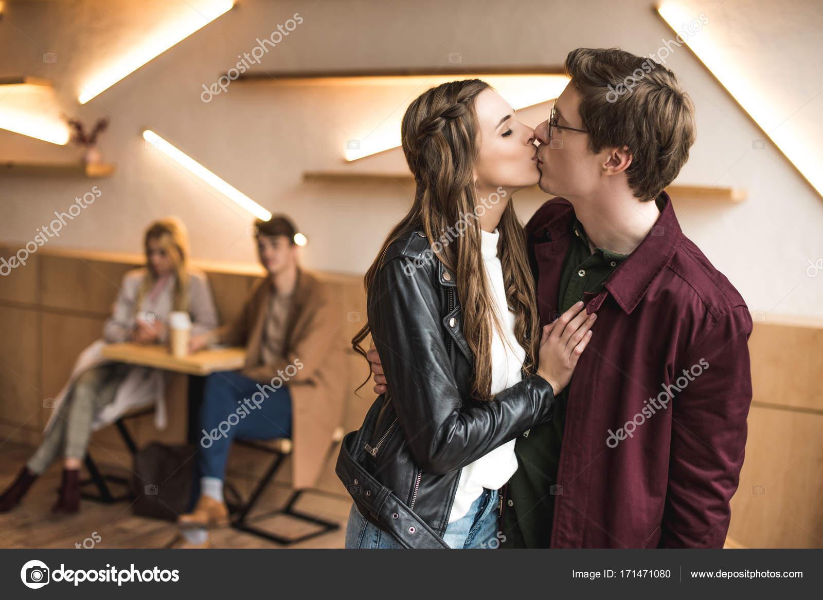 Leather dating for heterosexuals
