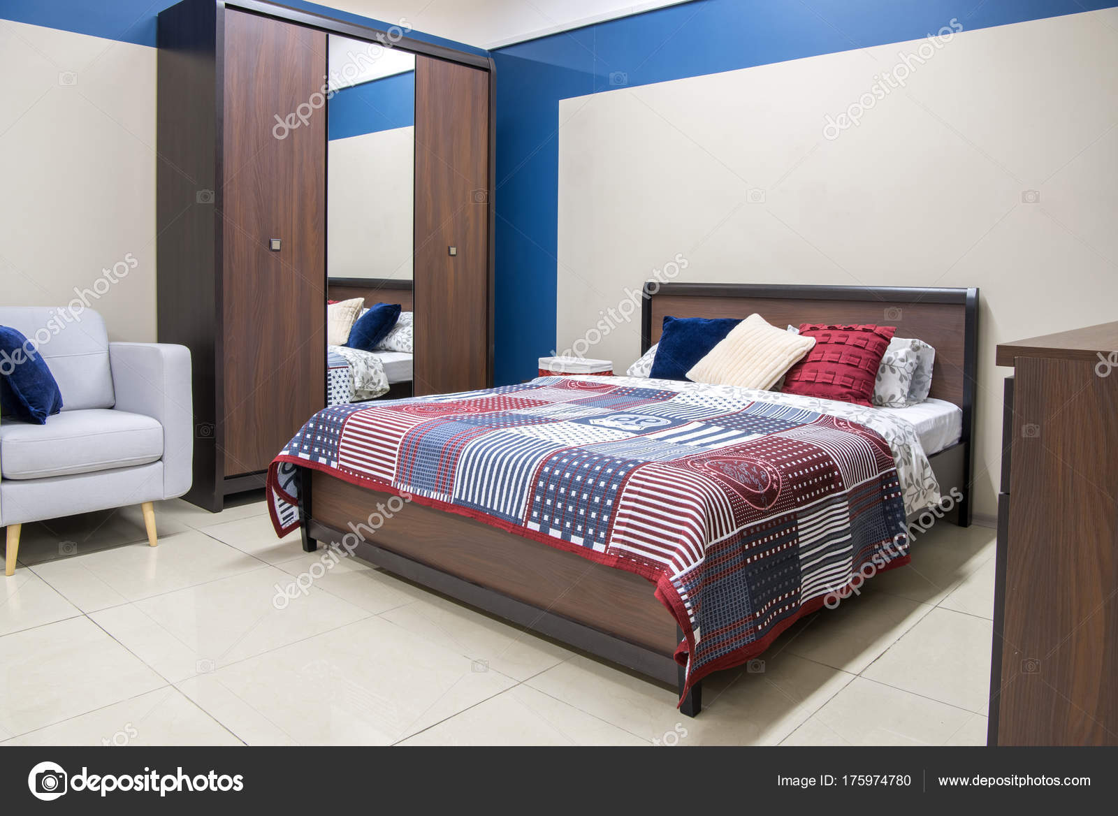 https://st3.depositphotos.com/13194036/17597/i/1600/depositphotos_175974780-stock-photo-cozy-modern-bedroom-interior-bed.jpg