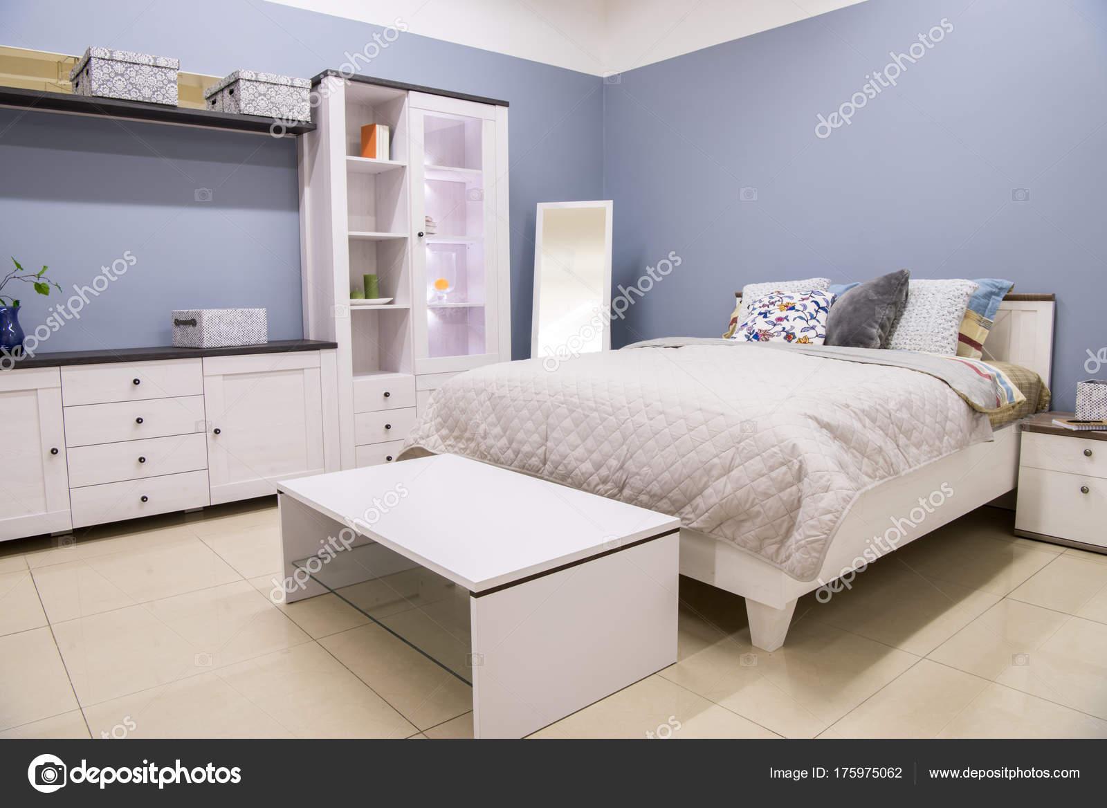 Intérieur Confortable Moderne Chambre Coucher Avec Lit ...
