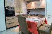 Photo modern kitchen and dinning room interior