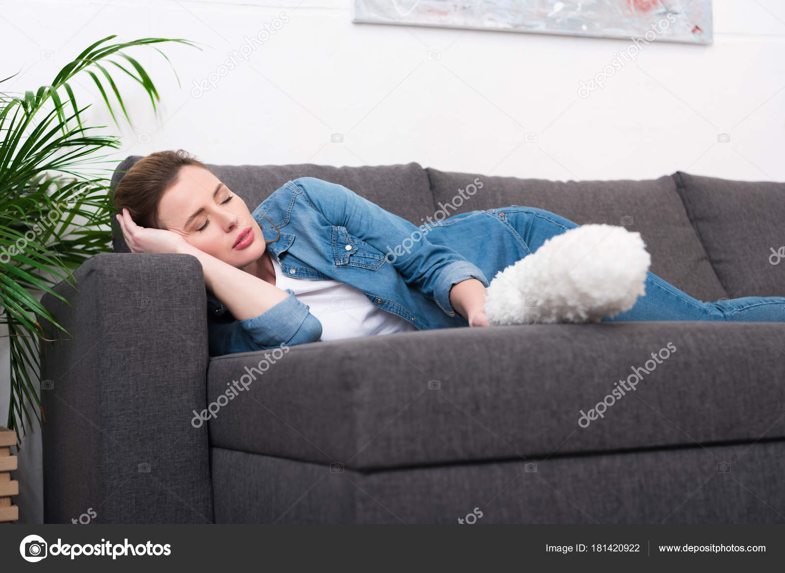 Tired Woman Dust Cleaning Brush Hand Sleeping Sofa Home U2014 Stock Photo