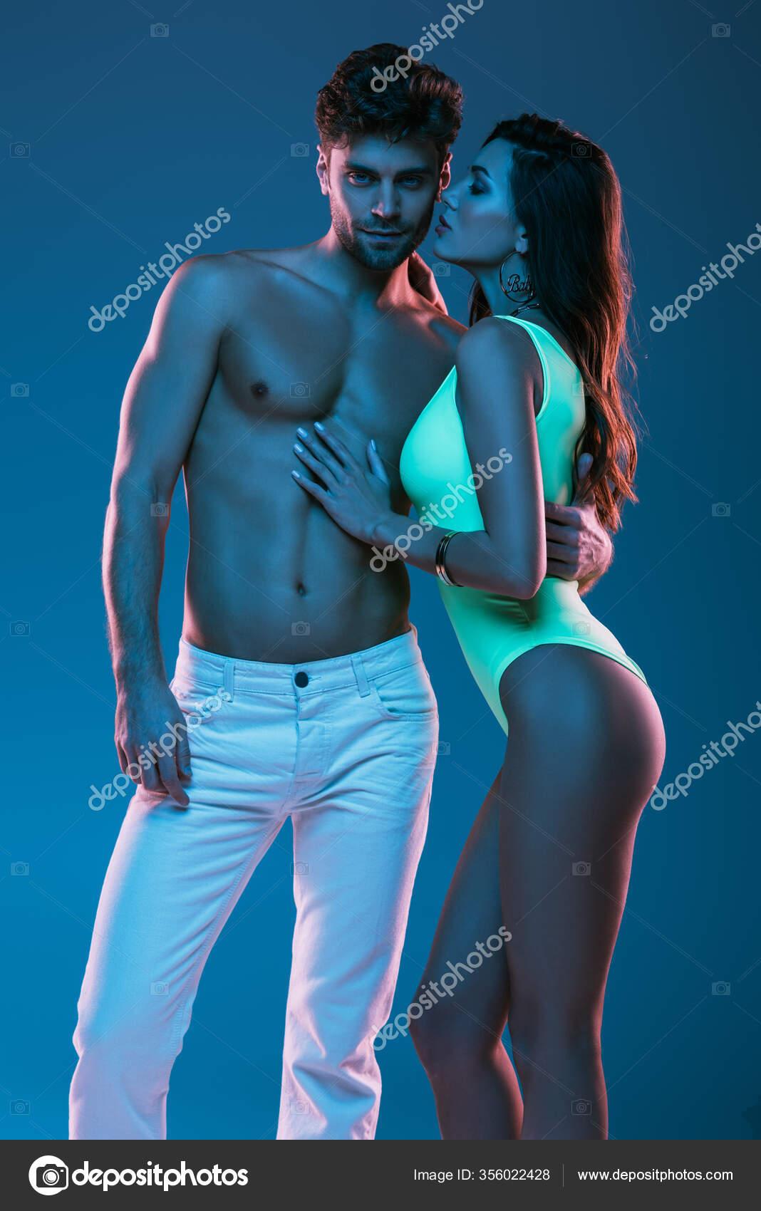 Sexy weißes mädchen aus schwarzen mann