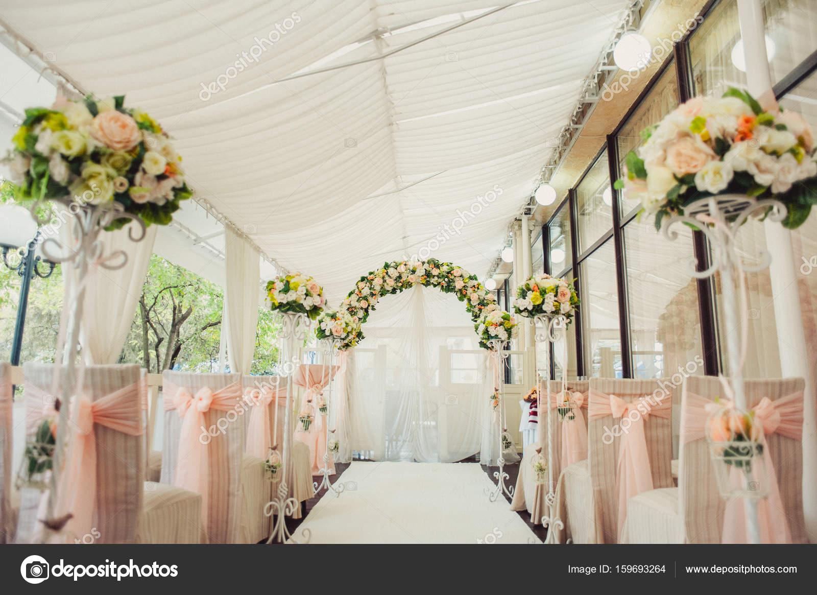 Bogen Hochzeitszeremonien Stockfoto C Dmvasilenko 159693264