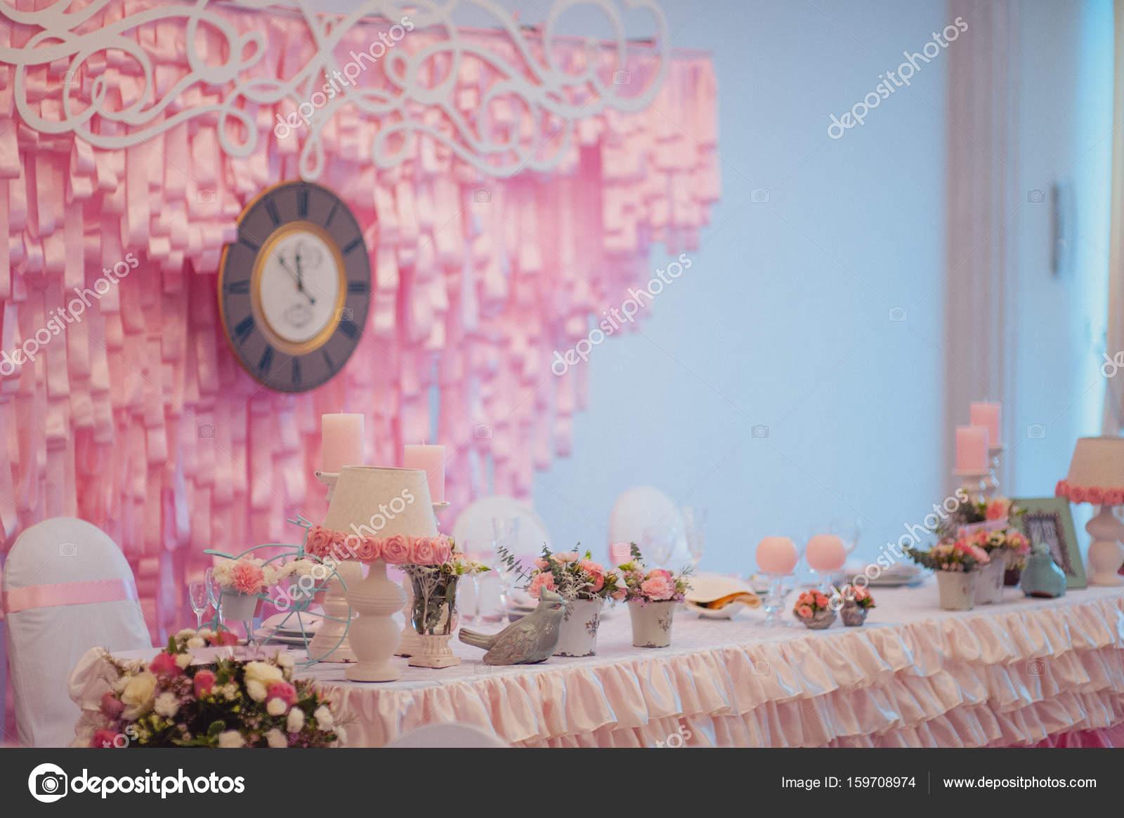 Decoration of tables at the wedding — Stock Photo © dmvasilenko ...