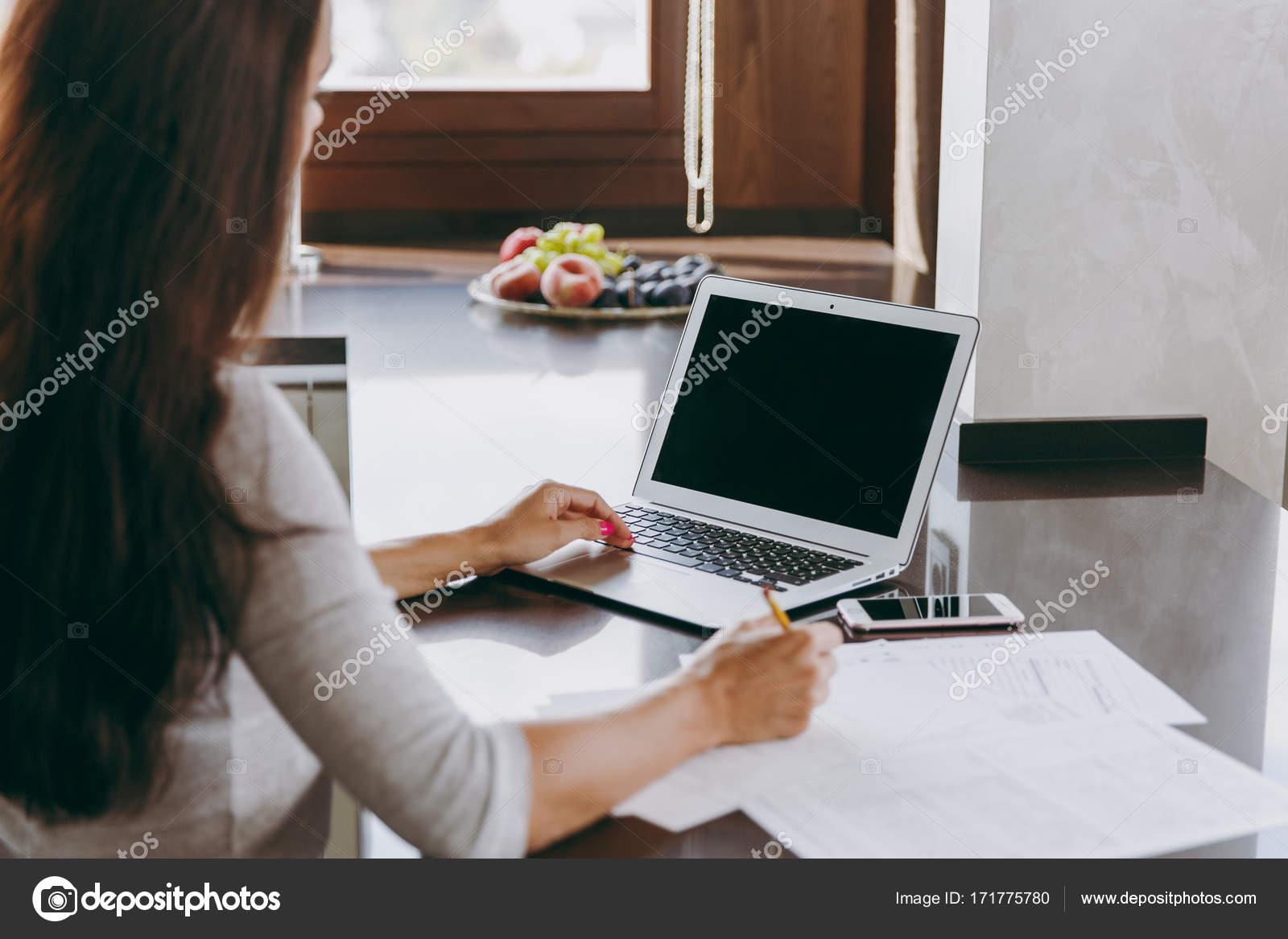Dokument o online datování