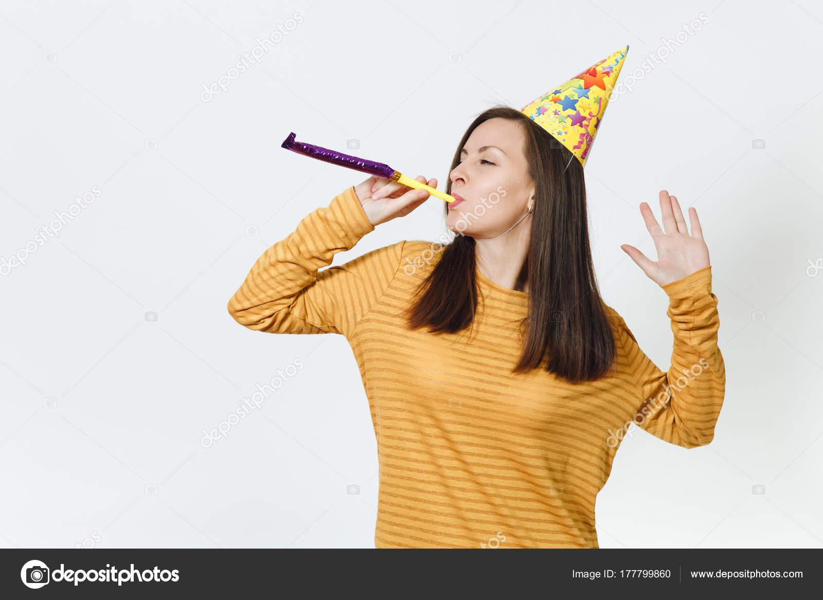 Schöne kaukasischen Spaß junge glückliche Frau in gelber Kleidung ...