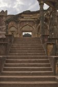 Photo Malik Mughiths Mosque in Mandu