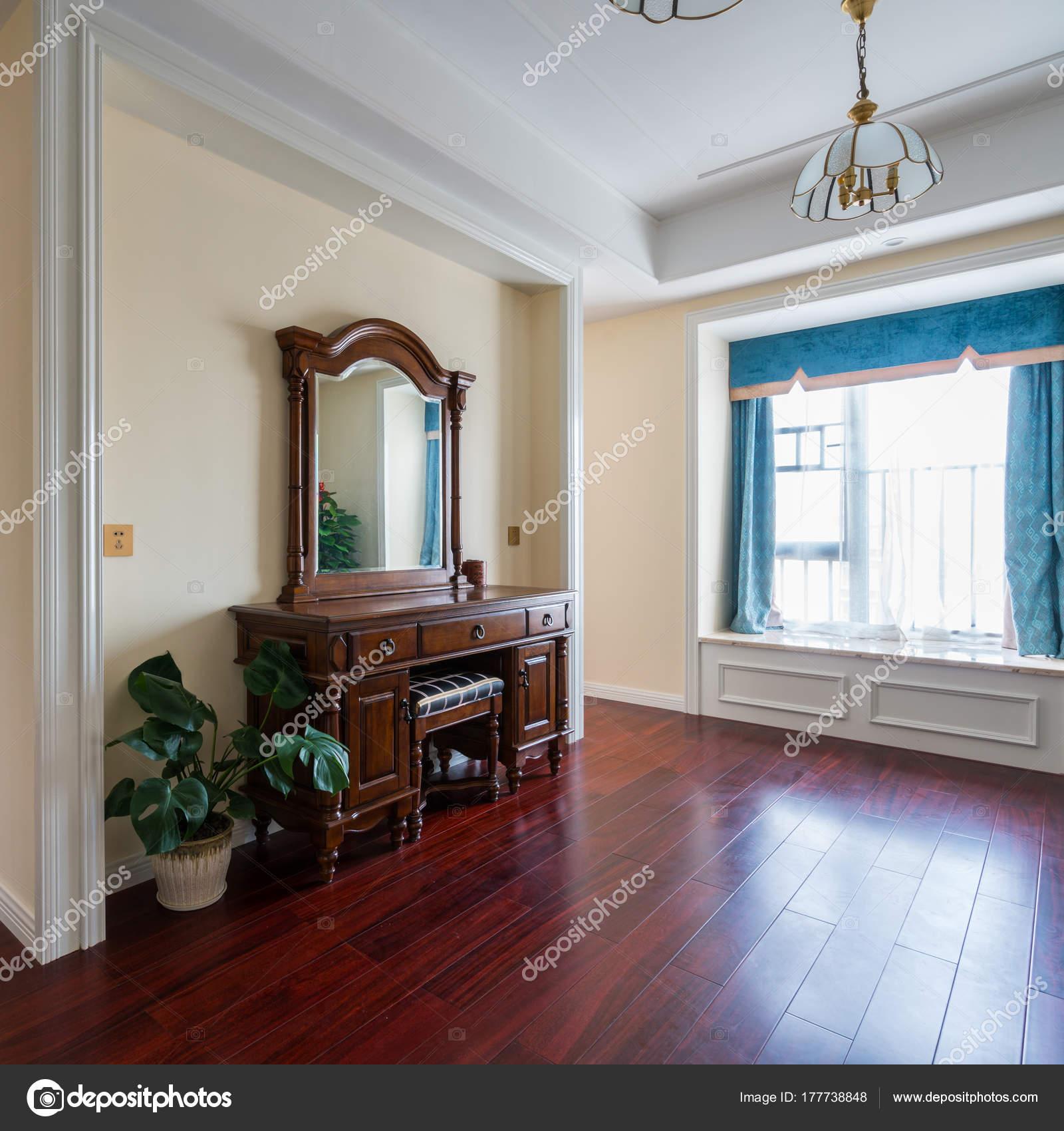 dressoir in slaapkamer — Stockfoto © roseburn3djob #177738848