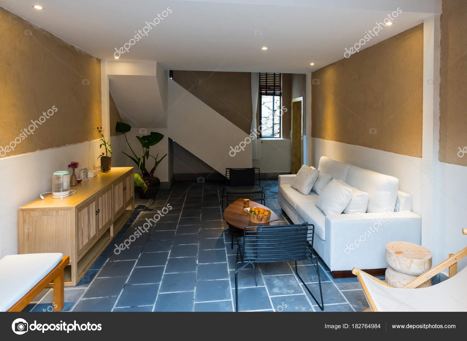 schönes Haus innen — Stockfoto © roseburn3djob #182764984