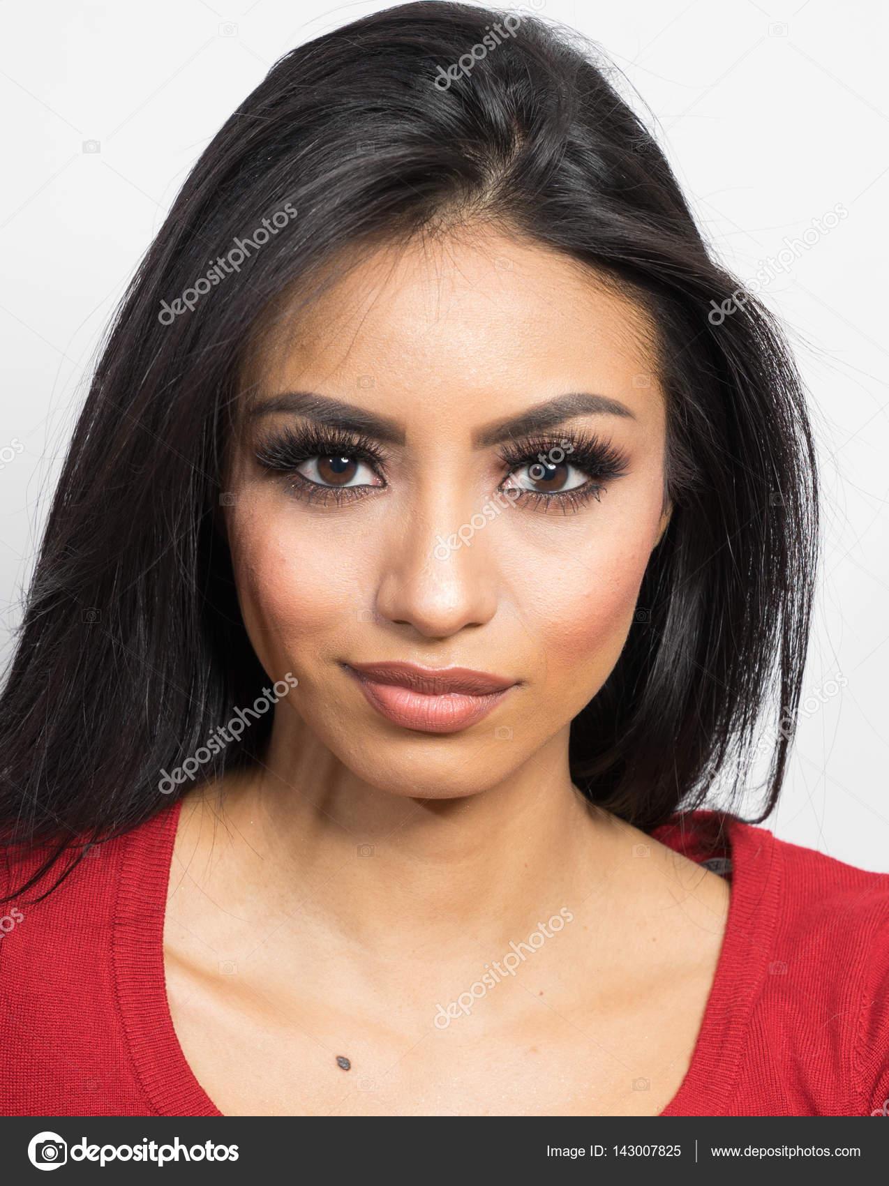 Pretty face latinas