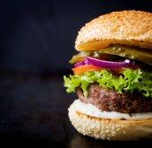 velké lahodné hamburger