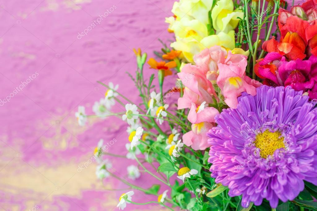 Bouquet de fleurs de jardin photographie garsya 126475536 for Photo bouquet de fleurs 94