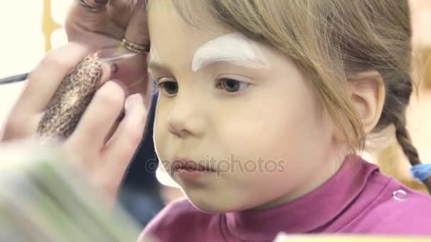 çocuk Yüz Boyama Kedi Gibi Stok Video Garsya 159231292