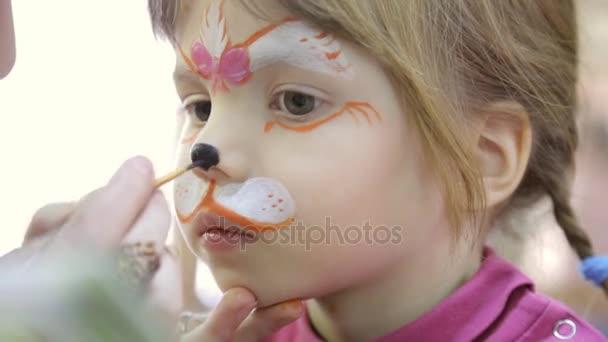 çocuk Yüz Boyama Kedi Gibi Stok Video Garsya 159231310