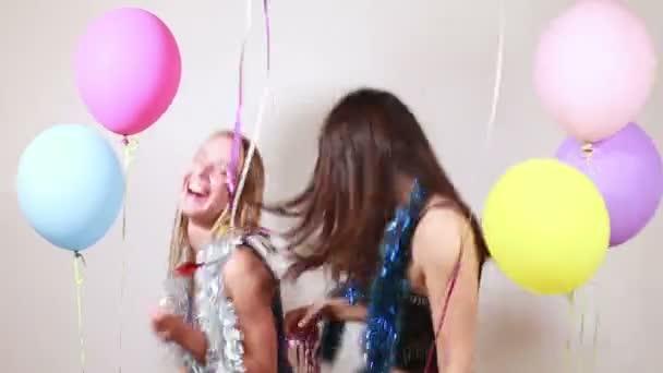 lányok tánc kellékek