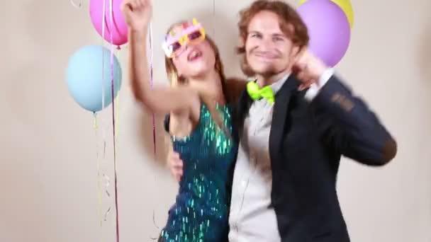 pár táncol a photo Booth alkalmazással