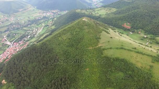 ヴィソコ、ボスニアのピラミッド...