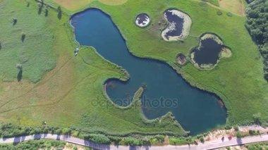 Sarena jezera poblíž města Knin