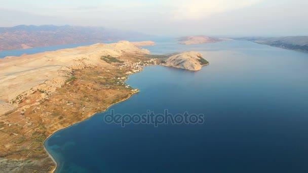 Pustá krajina ostrova Pag