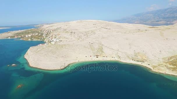písečná pláž Pag ostrov