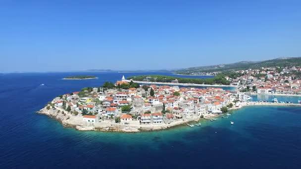 dalmatské město Primošten, Chorvatsko