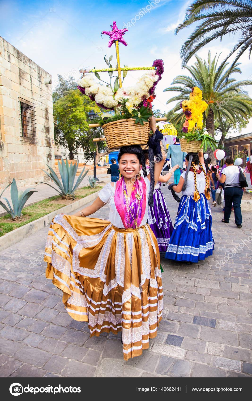 Oaxaca México Dic 2015 Hermosa Dama Celebrando Día Virgen