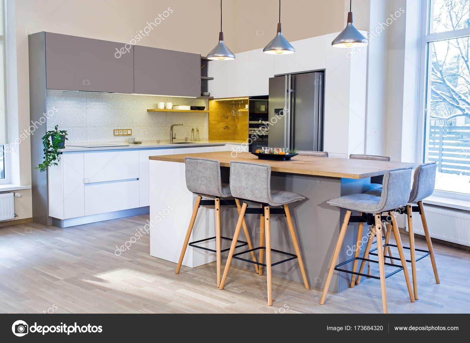 Interni Moderni Di Case : Interno di casa moderna design moderno cucina luce interno u foto