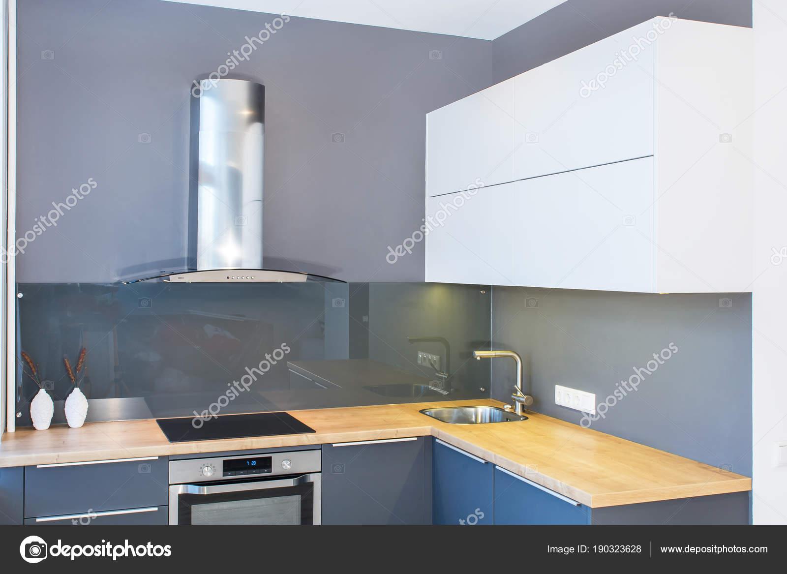 Design Moderno Mobili Cucina Interni Appartamento Con ...