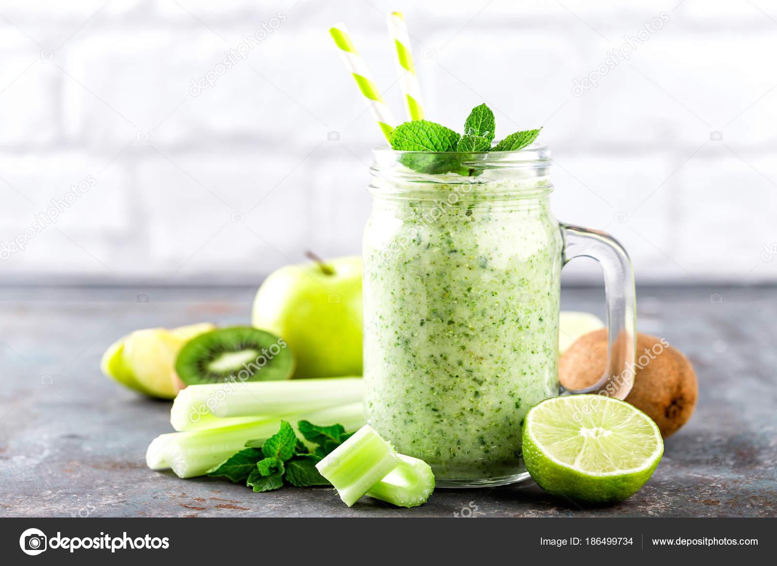 mela verde con sedano per dimagrire