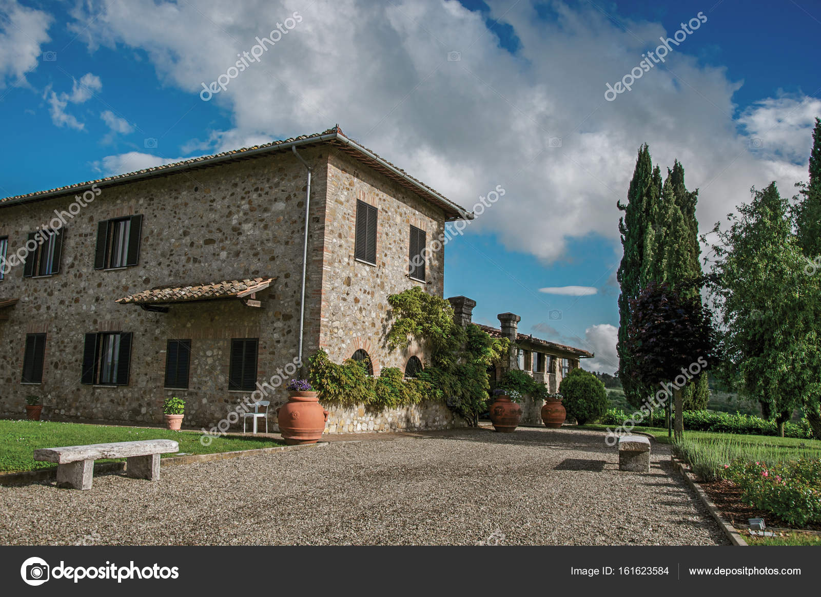 Close-up of villa with typical house of the Tuscan countryside ... for Traditional Tuscan House  150ifm