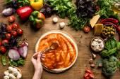 Fotografie rajčatová omáčka na pizzu