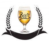 Fotografie pivo s pěnou