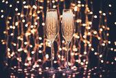 Gläser voller Champagner