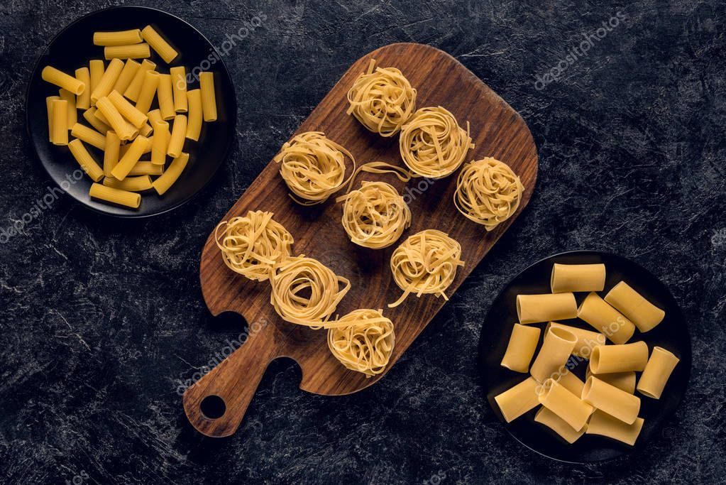 various raw pasta
