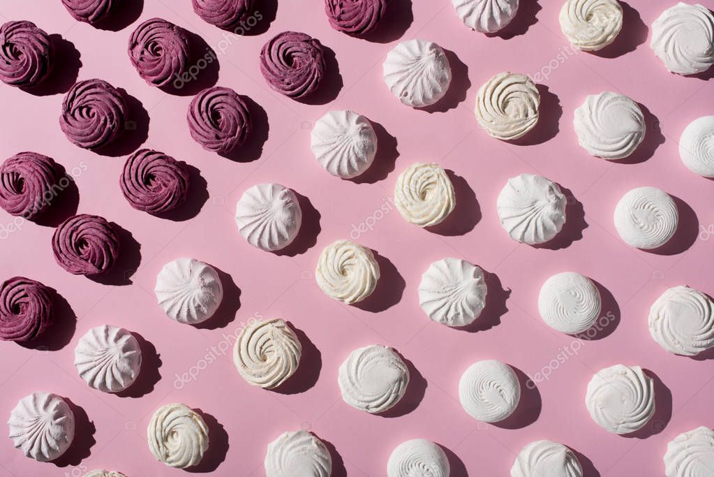pattern with marshmallows