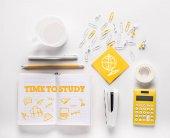 tažené čas na studium slova