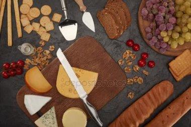 nůž řezací sýr
