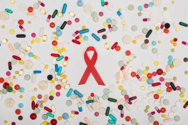 aids ribbon and pills