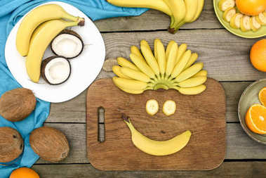funny face from bananas