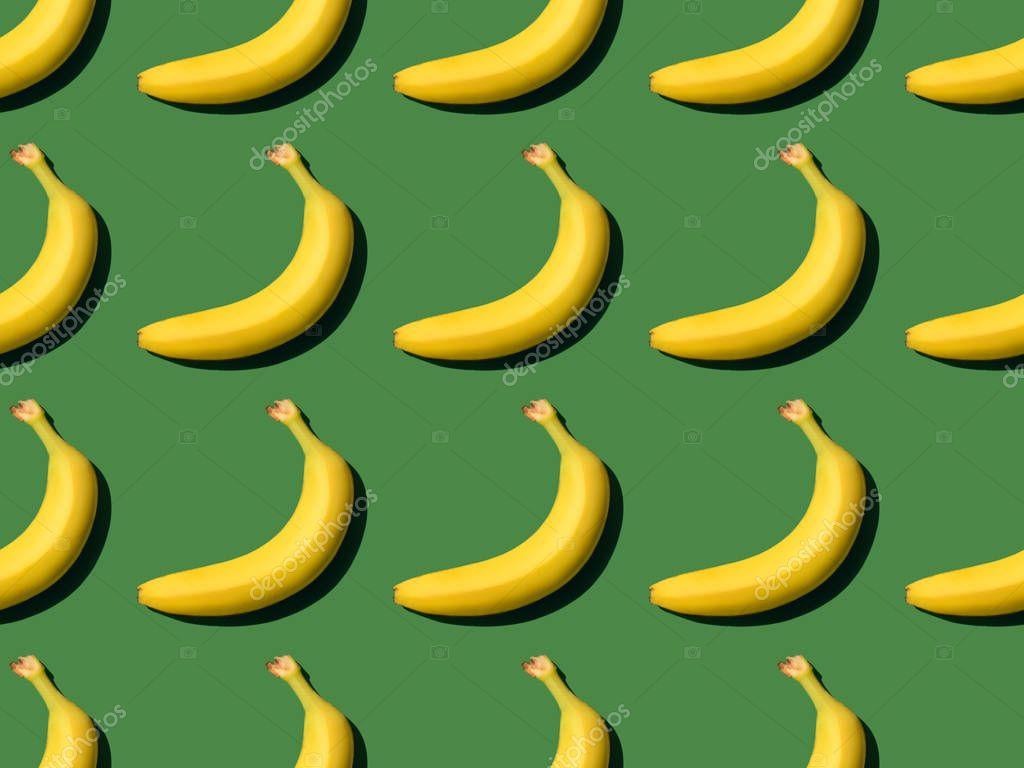 ripe bananas pattern