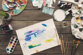 umělec náčrtky kreslené akvarel barvy