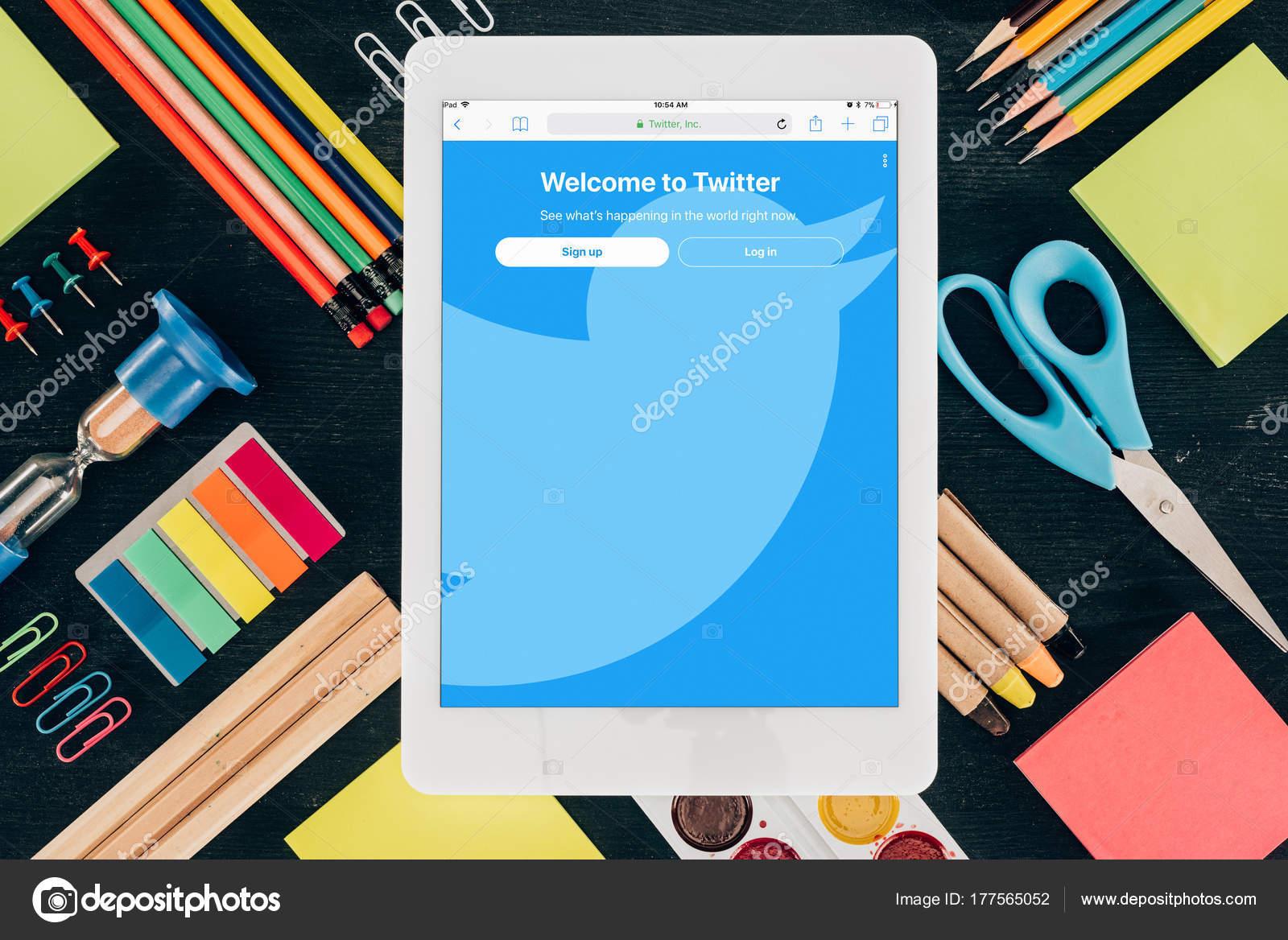 Fotos Para Portadas De Twitter Endecha Plana Tablet Con App