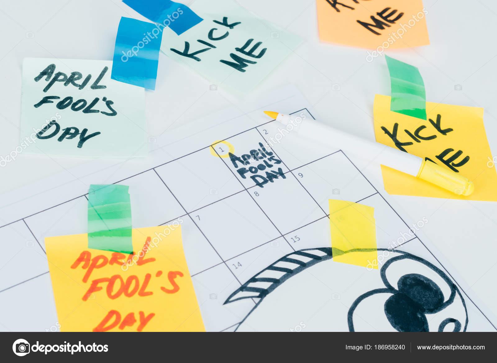 Apri Il Calendario.Primi Piani Visualizzazione Del Calendario Con April Fools