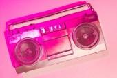 Fényképek rózsaszín tónusú kép retro boombox rózsaszín háttér