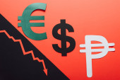 symboly eura, dolaru a pesa a šipka recese na červeném a černém pozadí děleno šikmou čarou
