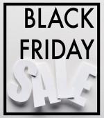 Ansicht von Black Friday Sale Schriftzug auf weißem Hintergrund