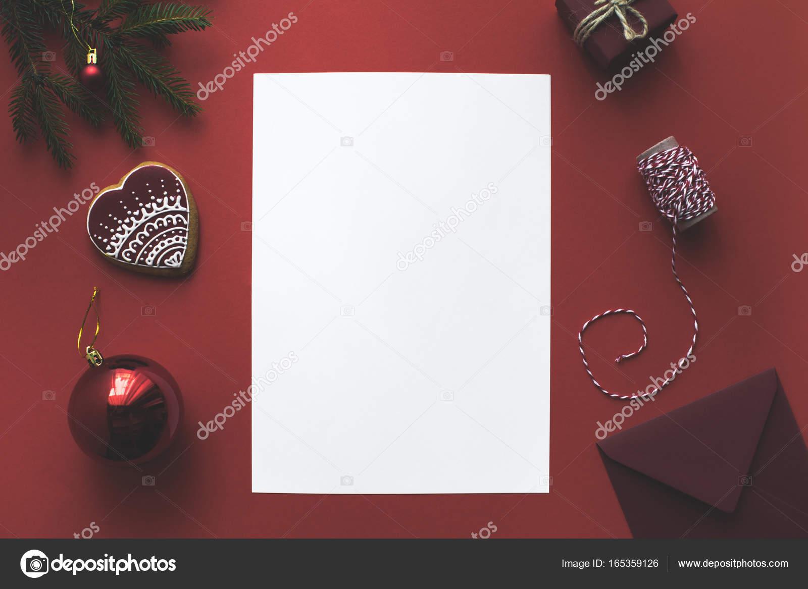 Grußkarte mit Weihnachtsschmuck — Stockfoto © AntonMatyukha #165359126