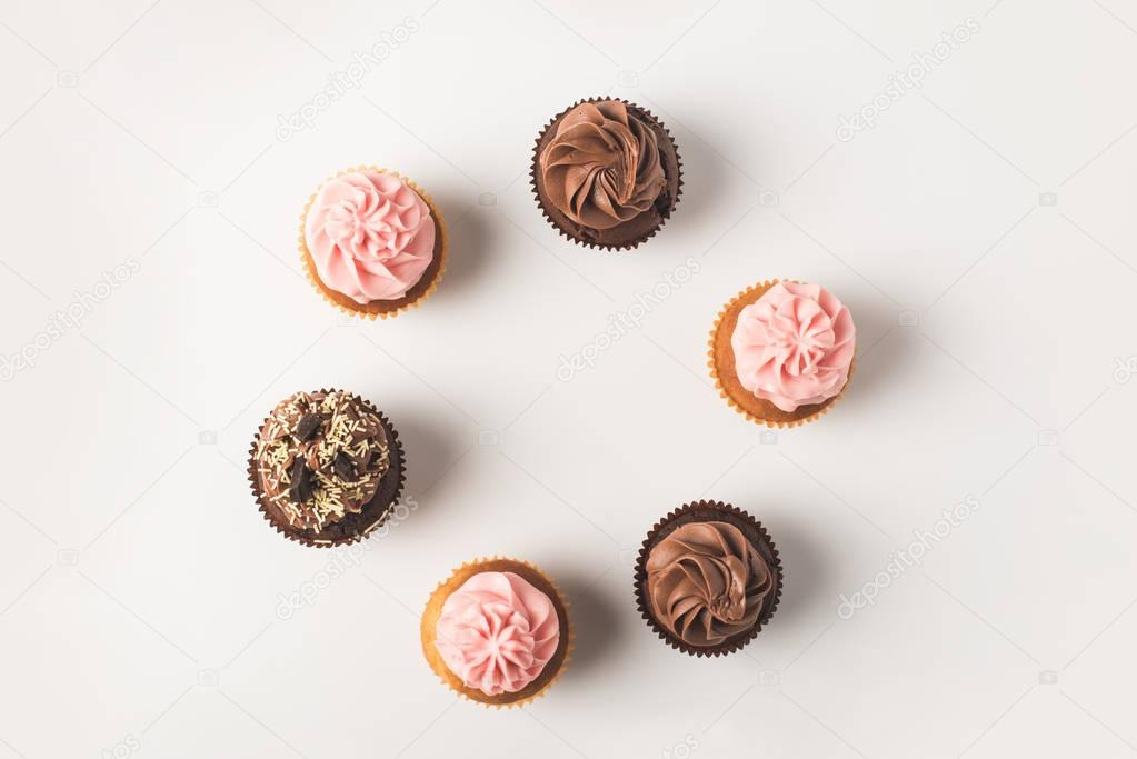 cupcakes with frosting