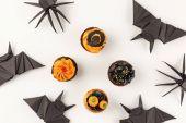 Halloween koláčky a origami zvířata