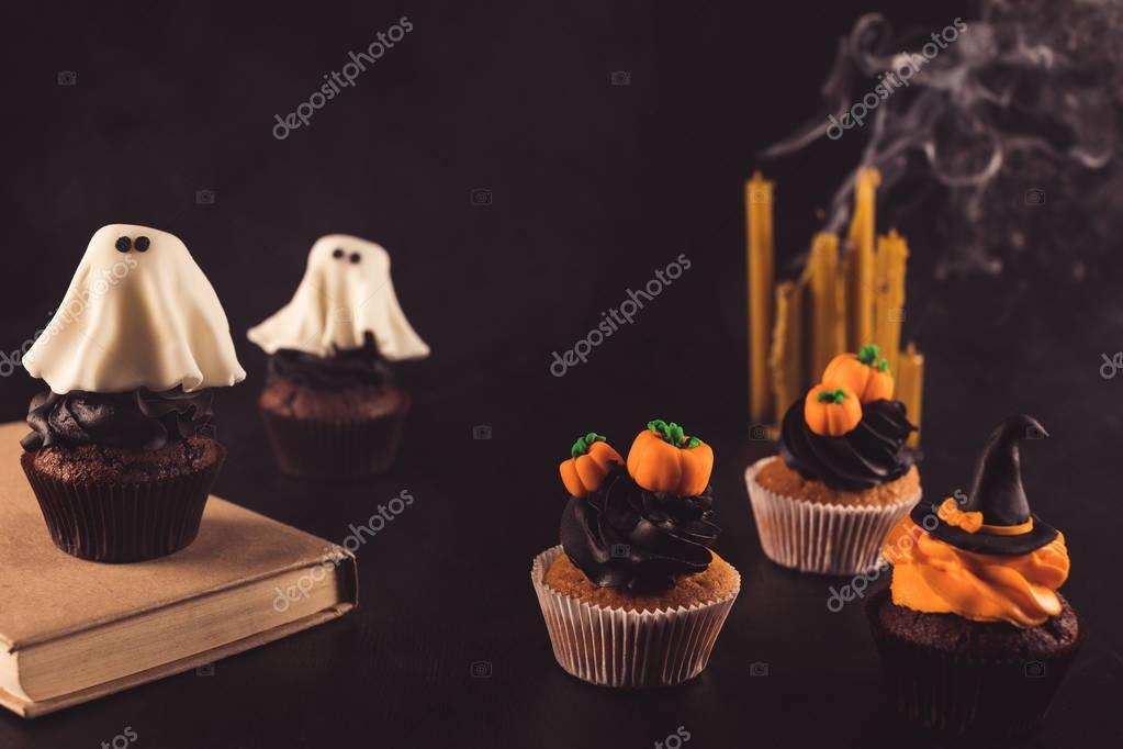 halloween cupcakes and candles